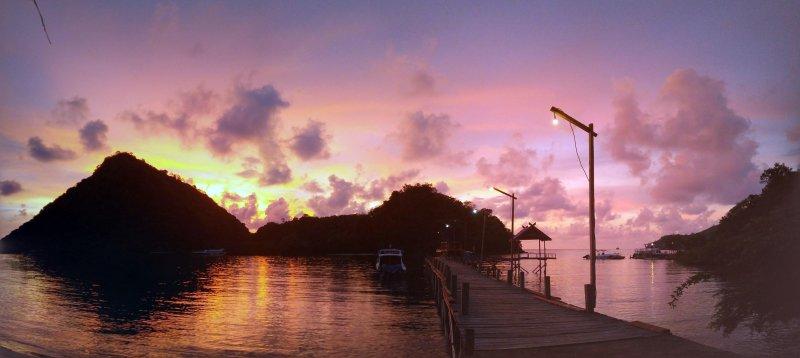 Sunset in paradise (at #hackerbeach in Labuan Bajo)