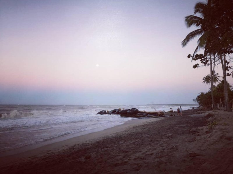 Moon rising over Palomino. #hackerbeach