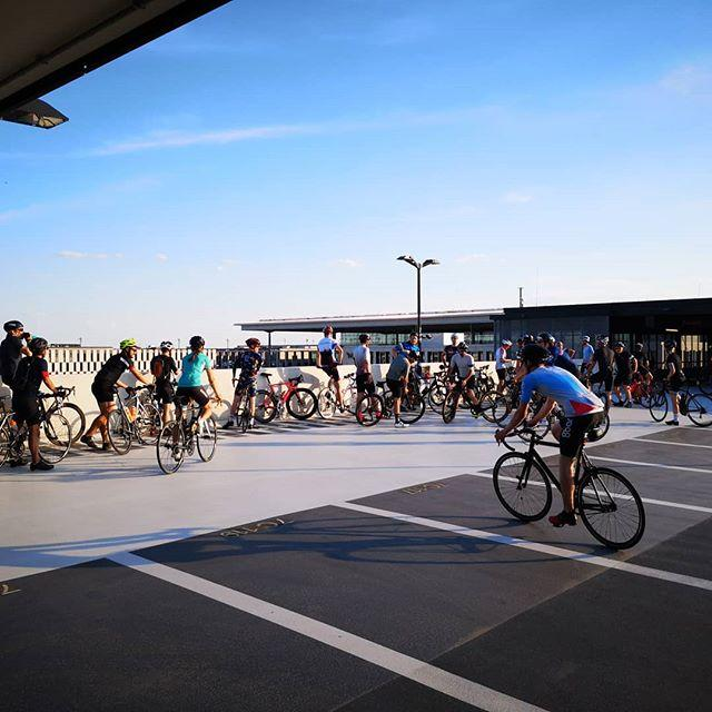 As long as BER isn't open for business, the airport is a fantastic playground for cyclists. At current pace, I guess we'll be able to enjoy this for another 5 years at least.
