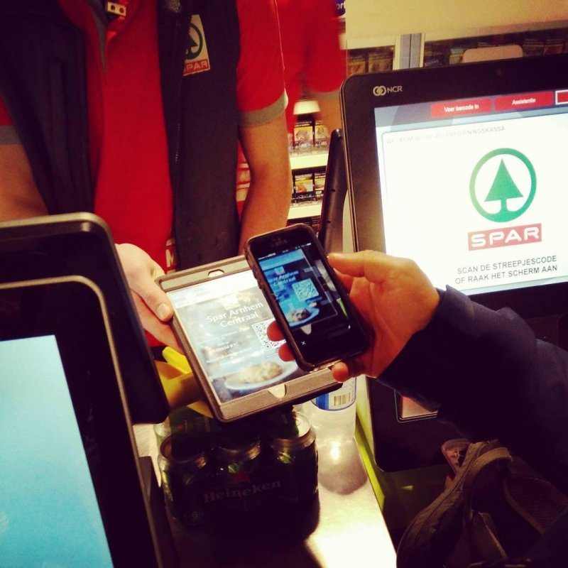 Paying with Bitcoin at the Spar supermarket in Arnhem (a.k.a. Bitcoin City).